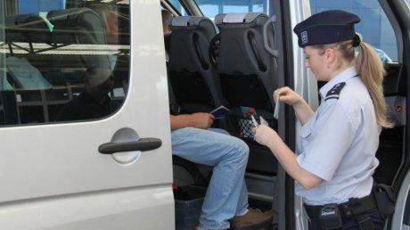 На молдавской границе 15 иностранцев попались с липовыми медсправками