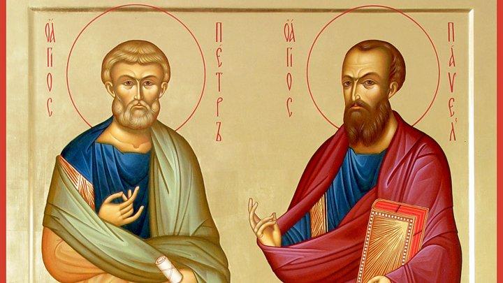 Православные верующие чествуют святых Петра и Павла