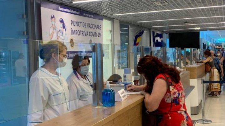 В Кишиневском аэропорту открылся пункт вакцинации от коронавируса