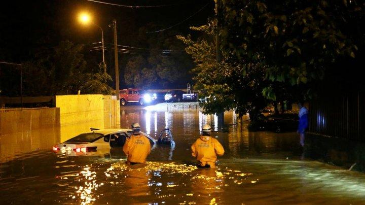 В Сочи нашли тела пассажиров из снесенной рекой машины