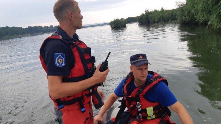 Водолазы нашли тело подростка, утонувшего недавно в Днестре