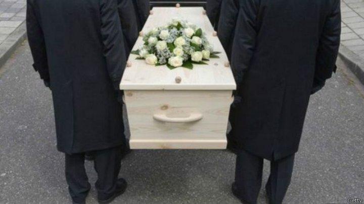 В Хынчештском районе сотрудники бюро похоронных услуг выдали родственникам не тот труп