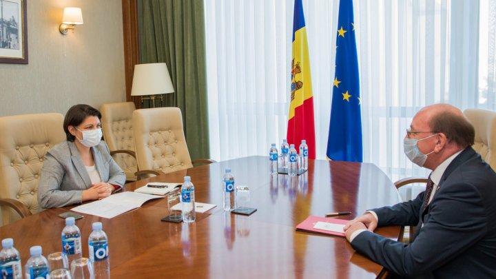 Наталья Гаврилица провела встречу с послом России Олегом Васнецовым: о чём шла речь