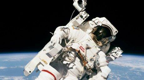 Стало известно, когда состоится первый коммерческий полет НАСА