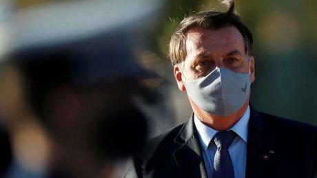 Президент Бразилии Жаир Болсонару, приехавший в Нью-Йорк на Генассамблею ООН, вынужден питаться на улице