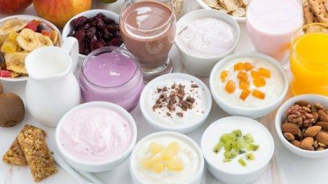 На столичной ярмарке устроили дегустацию домашних йогуртов