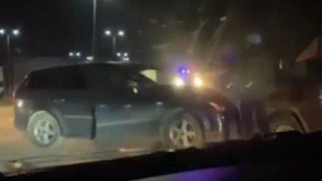 Лоб в лоб: два автомобиля не поделили дорогу в коммуне Чореску (ВИДЕО)