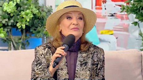 Народной артистке Нине Круликовски исполнилось 70 лет: о чем мечтает исполнительница