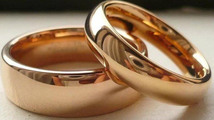 Жители Швейцарии поддержали легализацию однополых браков
