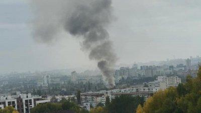 Крупный пожар в столице: густой дым виден за несколько километров (ВИДЕО)
