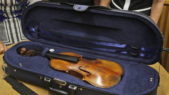 Прокуроры дали разъяснения по делу об изъятой в аэропорту скрипке
